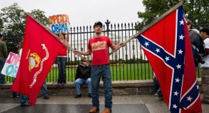 131013_confederate_flag_white_house_rtr