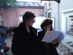 Darroch's wife Stephanie goes over the script with Victoria before the reading.