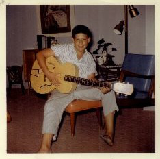Young Riffmaster with axe.
