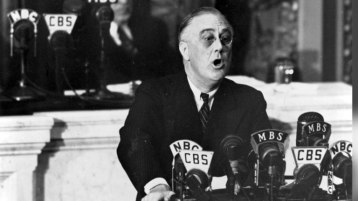 1000509261001_1628429998001_BIO-Biography-13-World-Leaders-Franklin-D-Roosevelt-SF